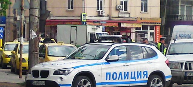 Родната полиция ни пази… с BMW X1
