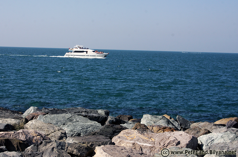 dubai-boat